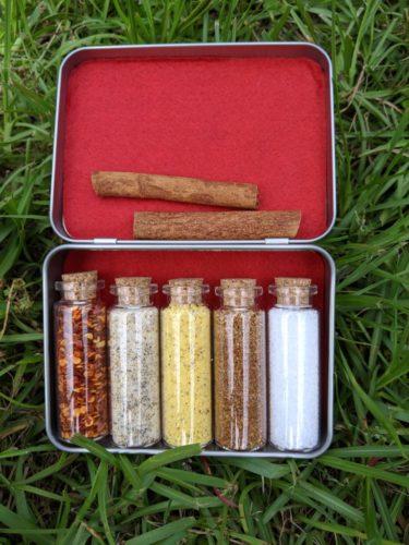 Pocket Spice Box